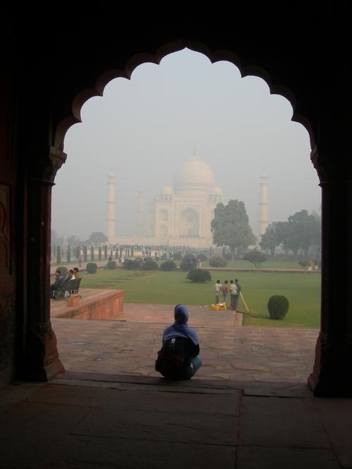 Contemplating the Taj